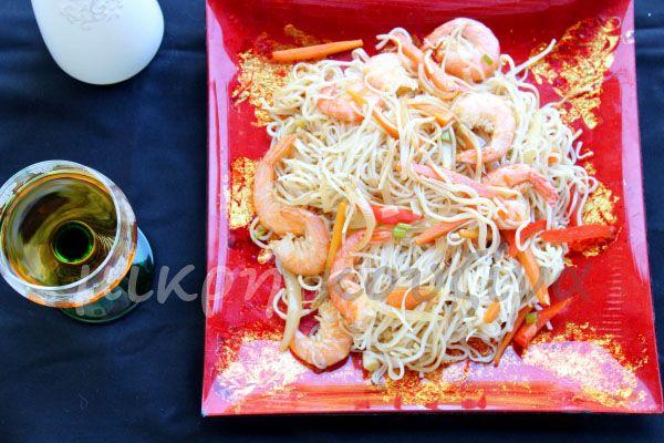 μικρή κουζίνα: Νουντλς με γαρίδες