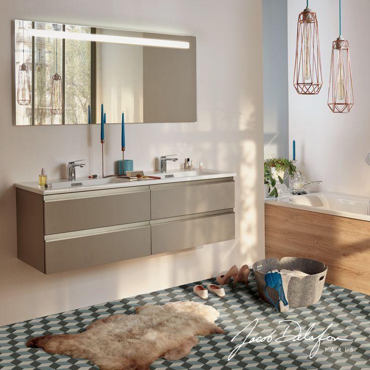 Bien choisir son sol peut permettre de changer le style de sa salle de bains que pensez vous de - Comment choisir les couleurs de sa salle de bain ...