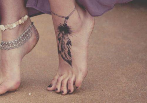WANT NOW!Tattoo Ideas, Feet Tattoos, Ankle Tattoo, Dreams Catchers, Tattoo Design, A Tattoo, Dreamcatcher Tattoo, Feather Tattoos, Feathers Tattoo