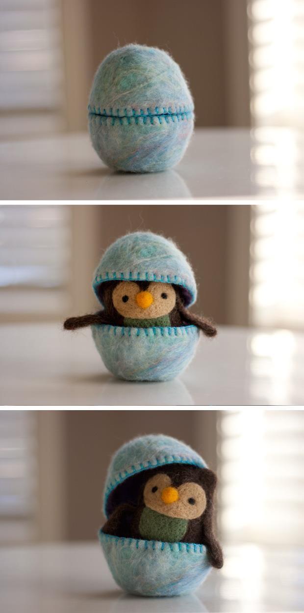 Pinguino nell'uovo - lana infeltrita