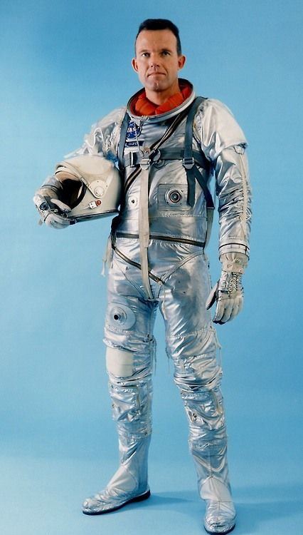 Official portrait of Gordon Cooper while wearing the Mercury spacesuit on 14 December 1962