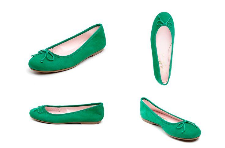 Bailarinas verdes de la marca Bisue. Fotografia: Kinoki studio