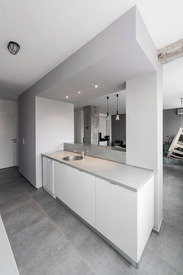 minimalistische Andreja Bujevac 21 schwarz-weiß (15) Küche Esszimmer Bereich