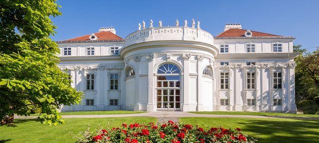 Palais Schönburg Wien - Top Hochzeits-Location Österreich #hochzeit #feiern #location #event #einzigartig #weiß #schwarz #heirat #österreich #special #wedding #unique #stunning #garden #love #hochzeitsfeier #wien