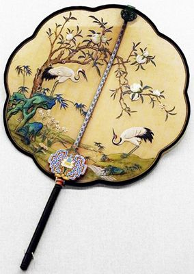 The Art of Chinese Fan-Moon Shaped Fan - China Cool Art