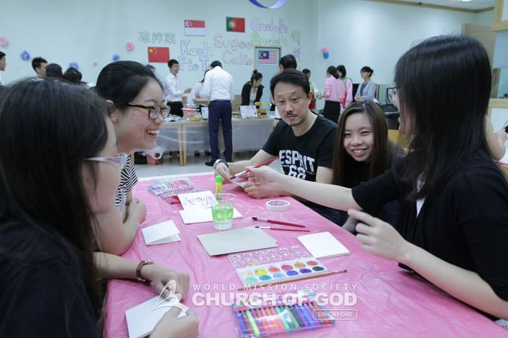 Hoping for a meaningful way to begin the new year and to foster familial and friendship bonds, the World Mission Society Church of God Singapore held a family event on New Year's Day.