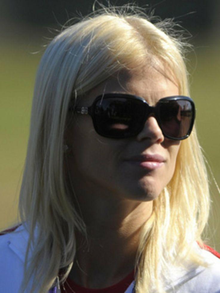 Elin Nordegren | Elin Nordegren Sonnenbrille Frisur glatt blond