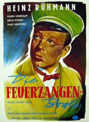 """Die Feuerzangenbowle ist eindeutscher Spielfilmaus dem Jahre 1944 vonHelmut Weissnach demgleichnamigenRomanvon Heinrich Spoerl. Dem Film ist ein (angepasstes) Zitat aus dem Roman vorangestellt:Dieser Film ist ein Loblied auf die Schule, aber es ist möglich, daß die Schule es nicht merkt."""""""