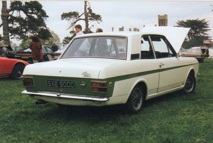 https://flic.kr/p/kwC4St | Lotus Cortina - SXE 900G | Seen at Shuttleworth College in the mid-1990's is this lovely Lotus Cortina mk.2.   I always seem to think that these were more uncommon than the mk.1's; the mk.1's being the more iconic versions.  This splendid example, with a nice local Luton registration dates from 1968-9.