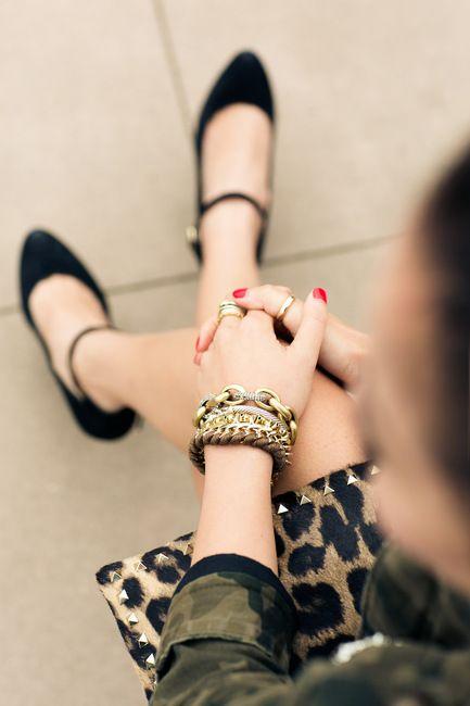 Chic details bag clutch purse accessories fashion jewelery bracelets leopard shoes
