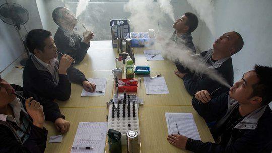 China's E-Cigarette Boom Lacks Oversight for Safety By DAVID BARBOZA 12/13/14 - NYTimes.com