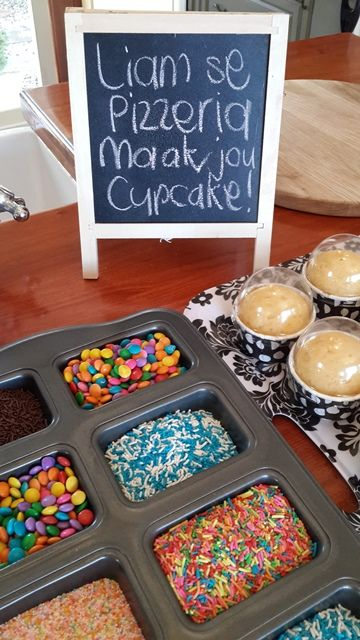 when u click the picture it takes u to a page with instructions on a create-your-own pizza/burger/cupcake party!