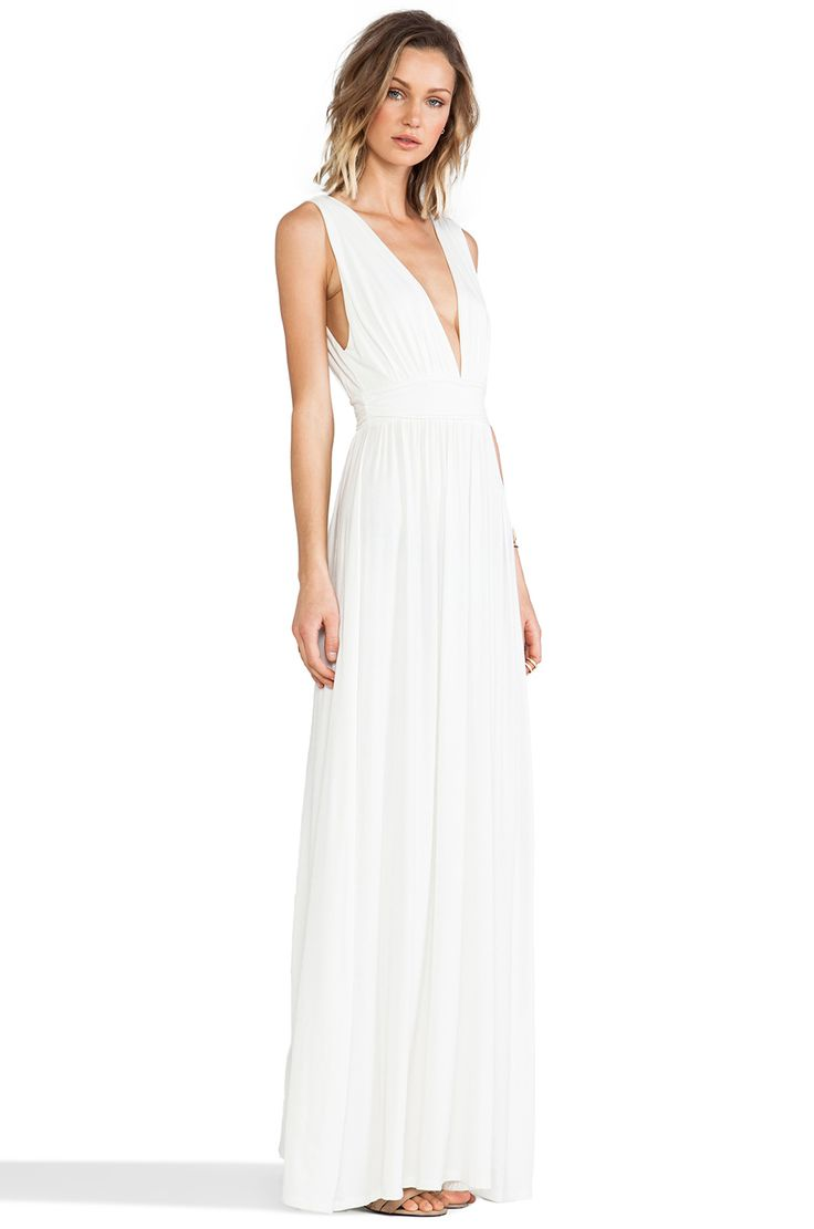 MAXI DRESS IS MY MIDDLE NAME. You rock maxi dresses so hard it's almost like they were made for you! Some onlookers who spot you sporting flowy floor-length gowns might even believe you invented maxi dresses.