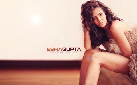 Esha Gupta Hot Hd wallpapers