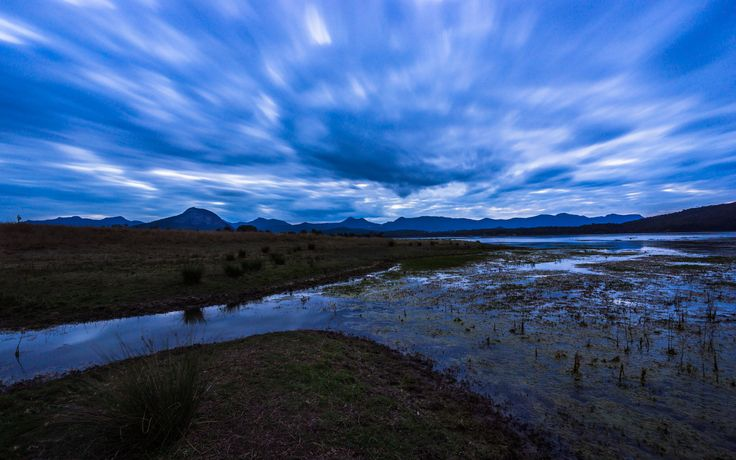 https://flic.kr/p/xkdXDJ | Moogerah | Went to Lake Moogerah hoping for a sunset. The clouds were promising, but never let the light through, so had to be content with some blue hour drama with a long exposure.