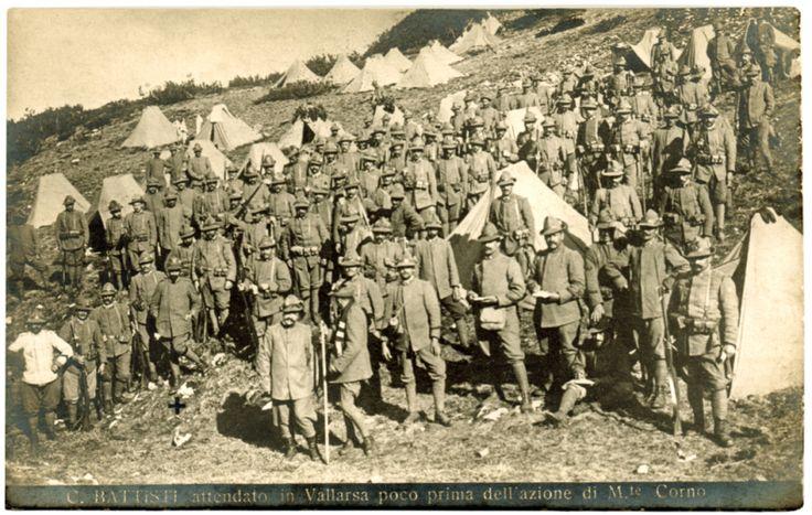 cesare-battisti-battisti-attendato-in-vallarsa-poco-prima-dellazione-di-monte-corno-luglio-1916