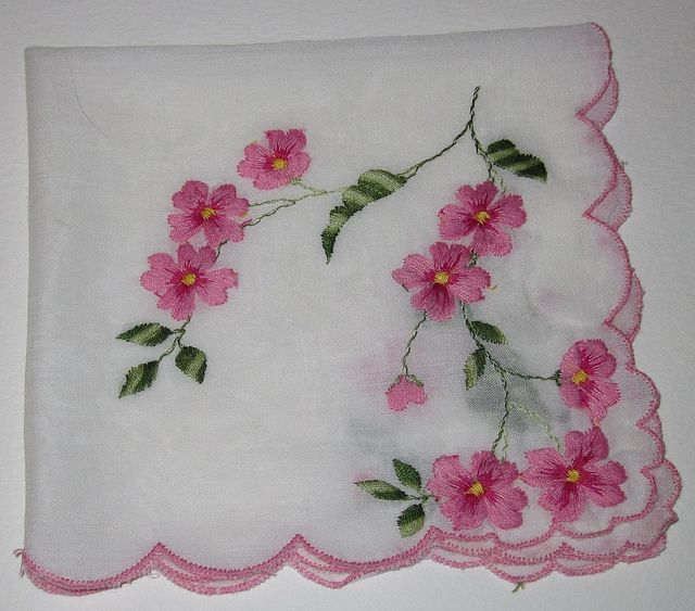 819 Best Embroidery - Handkerchiefs Images On Pinterest | Embroidery Patterns Embroidery And ...