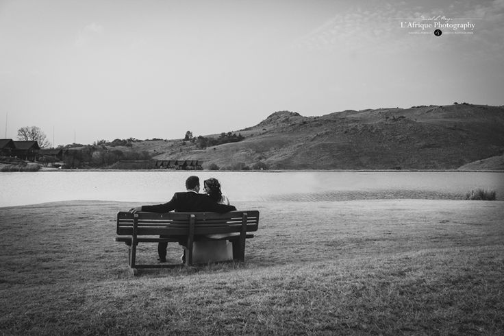 a beautiful photo on a bench in the nature reserve Lodge photographer Daniel Meyer