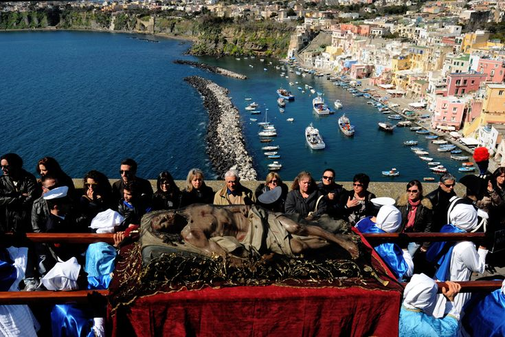 Easter, Christ's Passions - Procida Island, South of Napoli, 29 March 2013. (  Mario Laporta / AFP  )