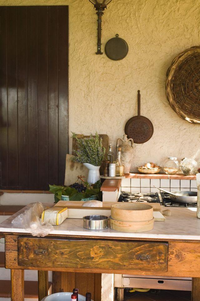 ¿Te llama la atención el estilo toscano? Aprende los elementos básicos de este rustico y clásico estilo.