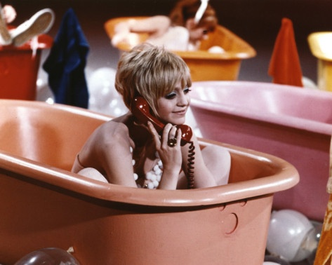 Goldie Hawn bath: Hawn Bath, Movies Tv Commercial, Dolls, Bath Shower, Hawn Photo, Saturday Night, Famous Bather, Bath Time, Goldie Hawn