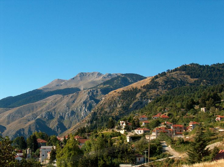 From Sykia take the road to Xylokastro and from there continue upwards towards Trikala. A string of picturesque villages awaits you all the way up to the top of mount Ziria. The most famous of all is Trikala.