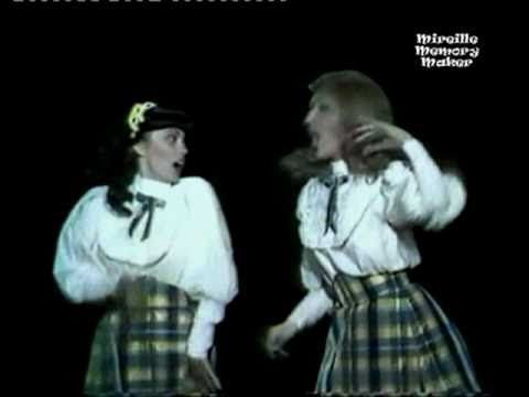 (1981) Mireille Mathieu and Dalida