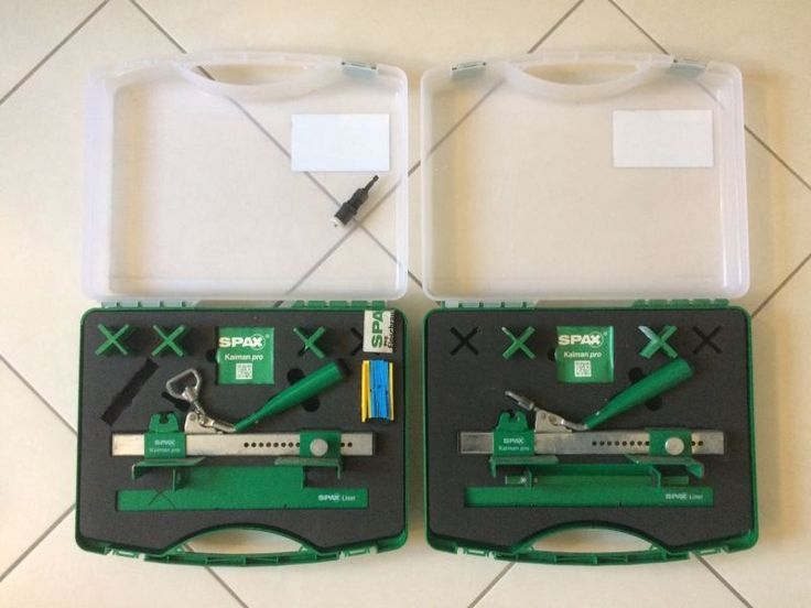 Lot comprenant deux coffrets redresseur de lame pour montage terrasse. il s'agit du modèle Kaiman Pro de SPAX.Il vous permet d'aligner parfaitement vos lames de terrasse avant de les fixer.Il y a aussi un porte embout de profondeur pour visseuse afin de regler la profondeur d'enfoncement des vis dans la lame.Il y a deux guides ( un dans chaque coffret ) pour aligner les vis et des jeux de cales