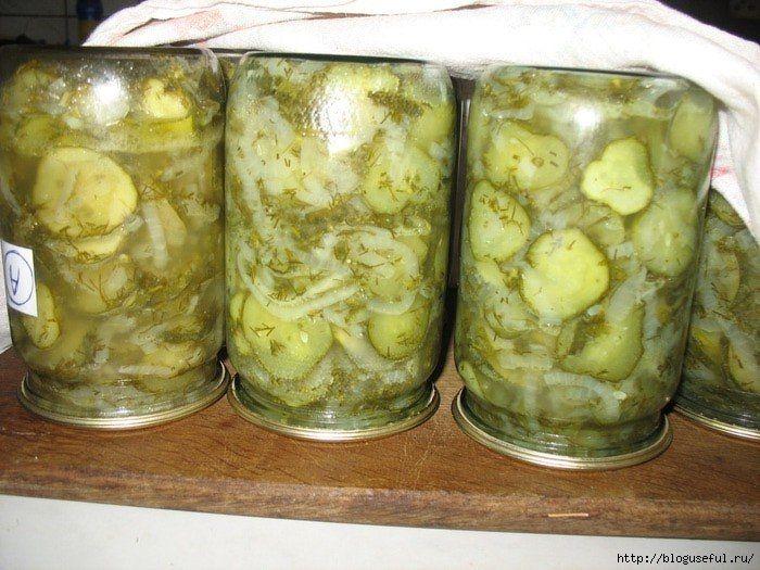Вкусный и простой салат из огурцов на зиму без стерилизации