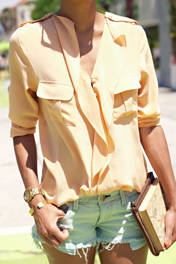 peach top: Blouses, Fashion, Summer Outfit, Style, Color, Clothes, Shorts, Shirt