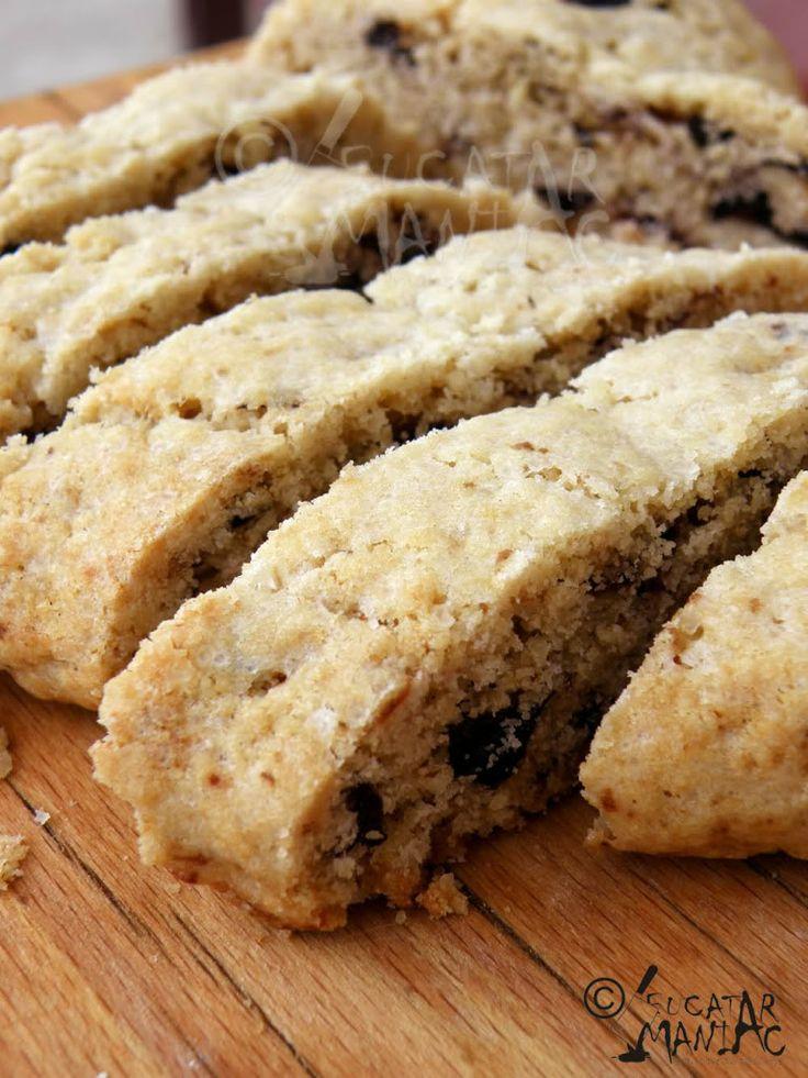 biscotti,nuca,prune uscati reteta,ciocolata