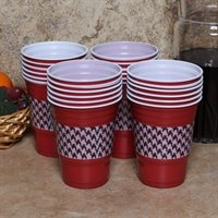 Make sure you are prepared at the next Crimson Tide tailgate party with these team-spirited Houndstooth Game Day cups! #UltimateTailgate #FanaticsSolo Cups, Duct Tape, Alabama Football Crafts, Ducks Tape, Houndstooth Duct, Alabama Crimson Tide Crafts, Rolls Tide, Parties Ideas, Red Solo