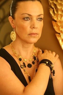 Evelyne Lahola biżuteria artystyczna Kate