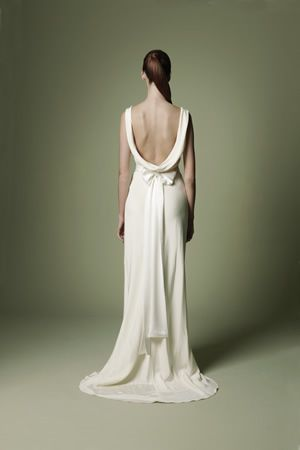 1940s Vintage Wedding Dresses | 1940s style wedding dress from the Decades Silk Collection, back view