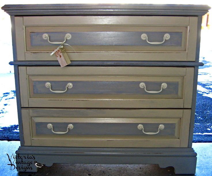 Victoria 39 S Vintage Designs Small Bassett Dresser Chest Of Drawers Buffet Entry Table