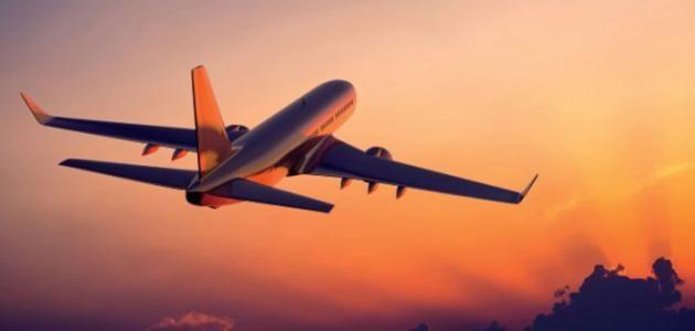 ما تفسير حلم الطائرة في المنام للعزباء لكبار المفسرين موقع مصري In 2021 Passenger Jet Passenger Aircraft
