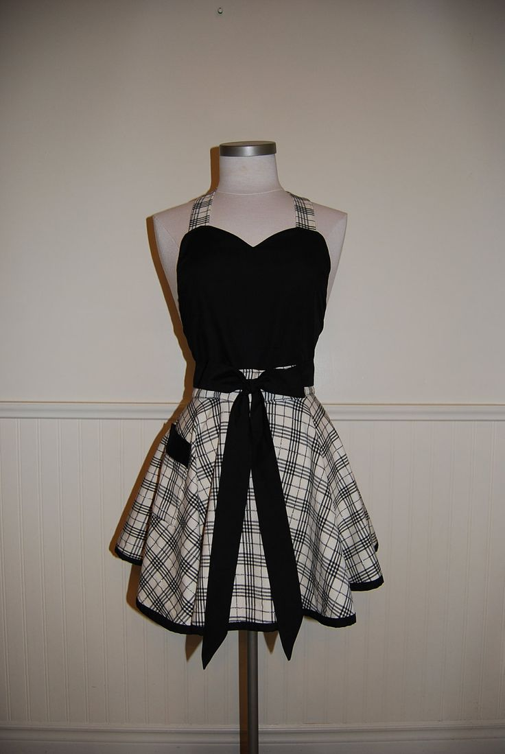 Black and Cream Plaid Full Circle Skirt Sweetheart Apron with Pocket (58.00 CAD) by CRACKERJACKCOUNTY
