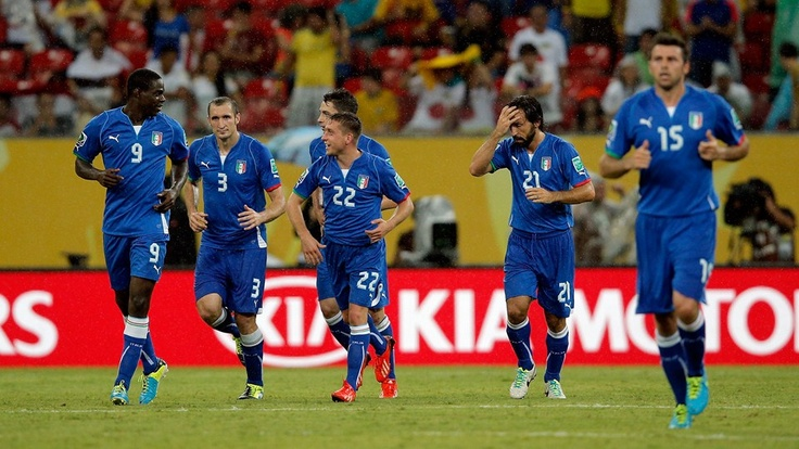 RECIFE, BRAZIL - JUNE 19: Emanuele Giaccherini of Italy reacts with his team-mates after Atsuto Uchida of Japan scored an own goal during the FIFA Confederations Cup Brazil 2013 Group A match between Italy and Japan at Arena Pernambuco on June 19, 2013 in Recife, Brazil. (Photo by Dean Mouhtaropoulos/Getty Images)