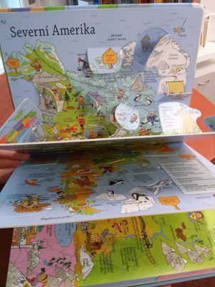 Naše planeta je překrásné místo plné zajímavých staveb, exotických zvířat a pozoruhodností. Prozkoumejte mapy a zjistěte, co se skrývá pod odklápěcími okénky!#encyklopedie #odklapeci #okenko #deti #kniha