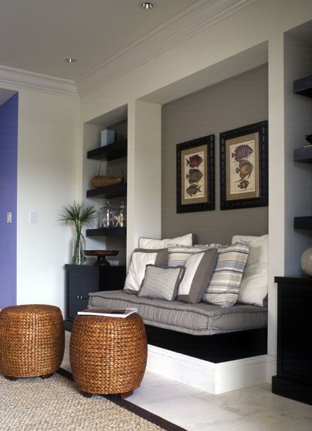 1000 ideas about built in daybed on pinterest daybed for Living room nook ideas