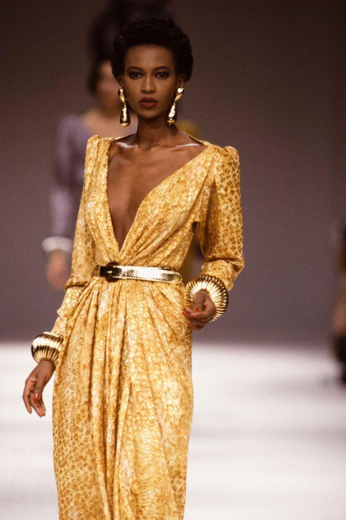 правило, ив сен лоран модели платьев фото однажды произошла оказия
