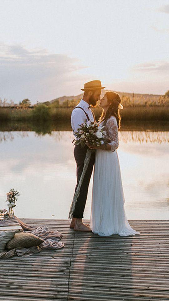 Hochzeitsshooting vor wunderschöner Kulisse. #Hochzeit #See #Liebe #Natur #Steg