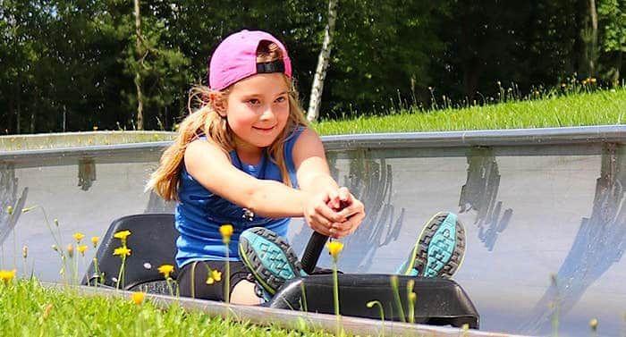 Der Bayern Park Gutschein Von Groupon Bietet 31 Prozent Rabatt Auf Den Preis Der Tageskarte Inklusive Aller Attraktionen Shows Freizeitpark Heide Park Bayern