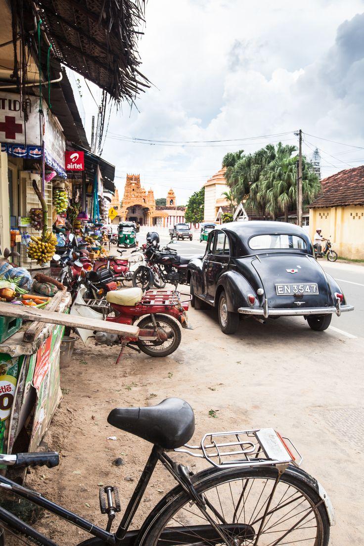Depuis seulement 2010 et la fin de la guerre contre les Tigres Tamouls, la visite de Jaffna est à nouveau possible. Comparé au reste du Sri Lanka, très tou
