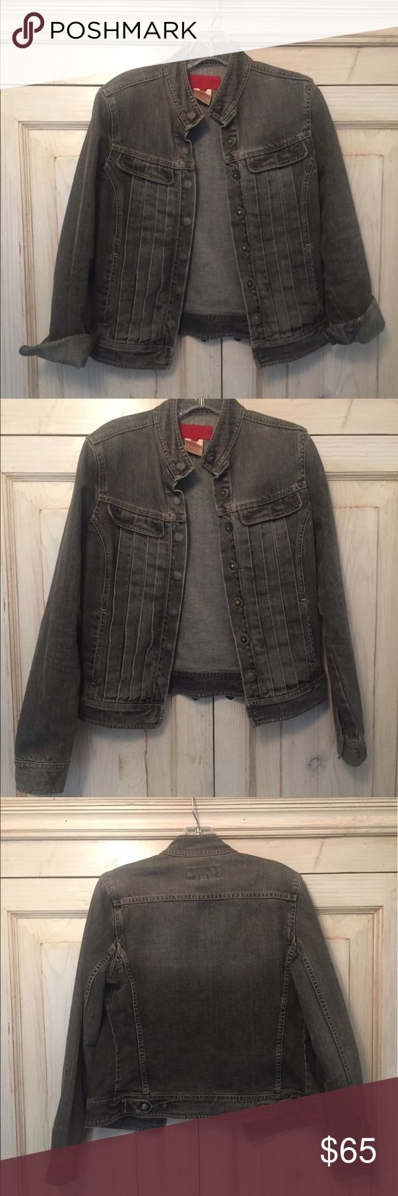 FRENCH CONNECTION denim jean jacket FRENCH CONNECTION denim jean jacket with pleats. dark wash. great condition! Looks cute with sleeves rolled up or down! French Connection Jackets & Coats Jean Jackets
