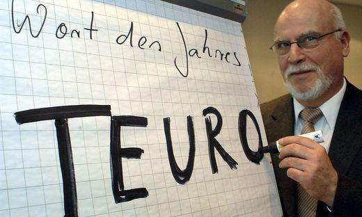 """Der """"Teuro""""-Effekt blieb in Österreich aus « kleinezeitung.at Seit 2002, dem Jahr der Euro-Einführung, liegt die Inflation in Schnitt bei 1,9 Prozent. In den 15 Jahren davor waren es du…"""