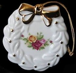 759 best OLD COUNTRY ROSES BONE CHINA images on Pinterest  Royal