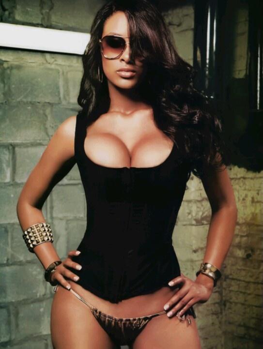 hot black babes pics