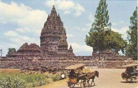 Foto Candi Prambanan, 1959