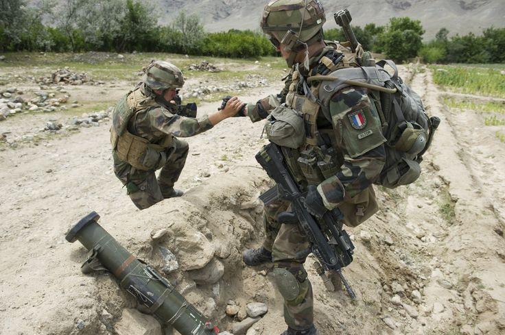 La cohésion dans l'effort. © armée de Terre #infanterie
